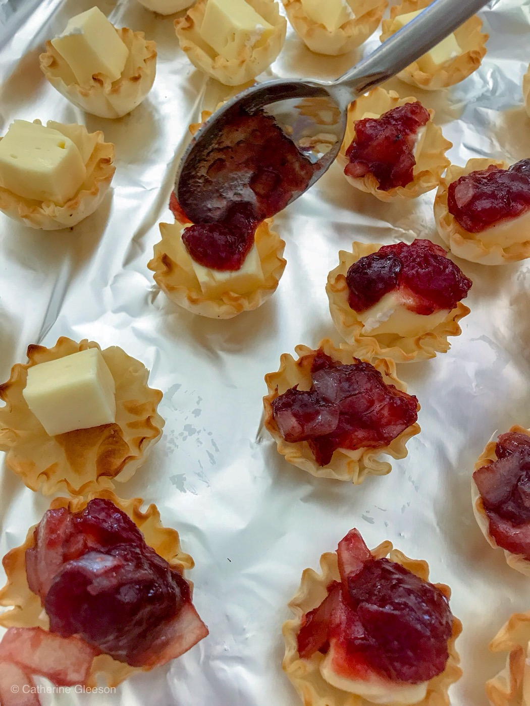 Mini Brie Cranberry Balsamic Bites
